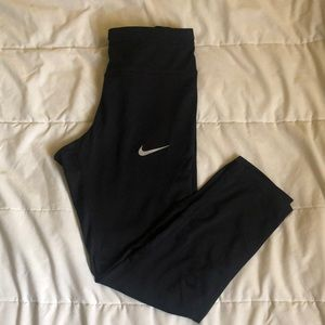 Nike Dry Fit Crop Leggings